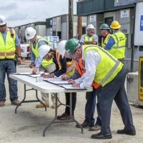 Barton Malow, Contractors sign Partnership Agreement with MiOSHA
